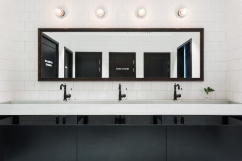 usine-restaurant-bathroom-remodelista