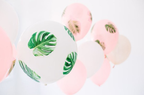 DIY-Decoupage-Palm-Fronds-Balloons